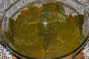 Долма (в виноградных листьях)